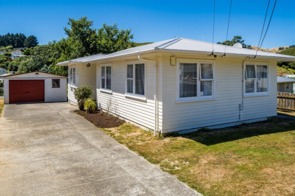 Plimmerton property for sale
